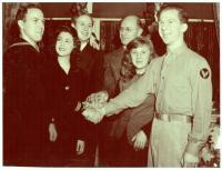 Meyer and Hilda Davis family, 1942