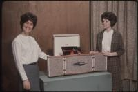 Dave Astor Show guests demonstrate a stereo turntable, Portland, 1962