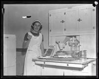 Woman with pies, Portland, ca. 1936