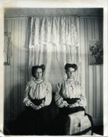 Verlie and Nettie Colby, Westport Island, ca. 1909