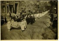 Red Cross on parade, Portland, 1918