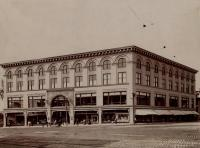 Peck's department store, Lewiston, ca. 1900