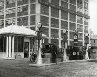 Ker & Kevsey Gas Station, Forest Avenue, Portland, 1926
