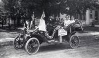 The Fourth of July, Sanford, ca 1912