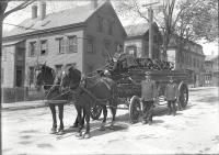 Ladder 1 and crew, Portland, ca. 1912