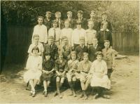 Rosa E. True School students, Portland, ca. 1925
