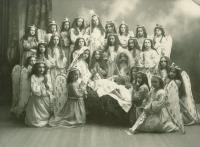 St. Peter's School pageant, Lewiston, 1903