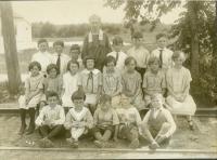 Students, Riverton School, Portland, 1927