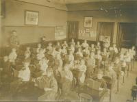 Third grade, Saunders Street School, Portland, ca. 1911