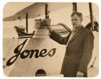 Harry Jones with World Fliers greeting, 1924