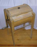 Wood butter churn, Mapleton, ca. 1920