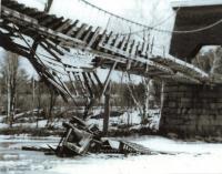 Automobile accident, New Portland, 1942