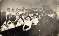 Girls at J.B. Pearson Factory, Thomaston, 1912