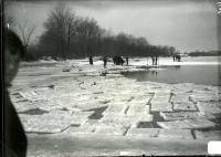 Ice cutting on the Saco River, Biddeford-Saco, 1908
