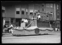 Maine Centennial parade, Fort St. George float, Portland, 1920
