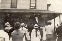 Service Flag unfurling at Golden Rule Cottage, Fairfield, 1918