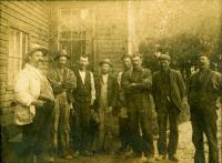 Nonesuch Farm crew, Scarborough, ca. 1900