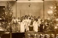 Christmas pageant, North School, Portland, ca. 1920