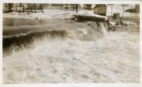 Dam overflowing, Winslow, 1936