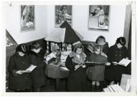 Children reading, Waterville Public Library, 1954