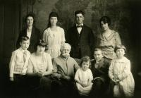 Mellie Dunham and grandchildren, Norway, ca. 1919