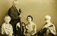 Mellie Dunham's dance band, Norway, ca. 1925