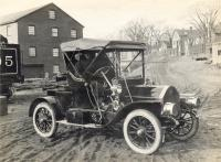 Knox runabout, c. 1907