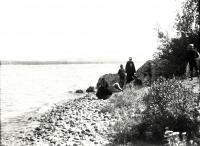 Square Lake, Limestone Point, finding fossils