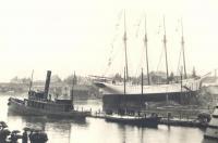 """Launching of schooner """"Eleanor F. Bartram,"""" East Boothbay, 1903"""