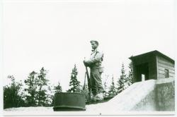 Soldiers on guard, Monson, ca. 1942
