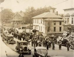 Band on parade, Monson, 1939