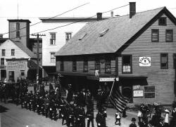 Memorial Day Parade, Springvale, ca. 1900