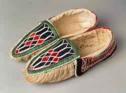 Explore Wabanaki Fashion