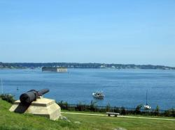 Cannon, Fort Gorges, and the Islands, 2004
