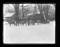 Santa Claus and his reindeer, Portland, 1926