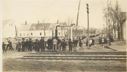 Townspeople seeing off soldiers, Lincoln, ca. 1918