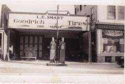 Smart's Hardware Store, Lincoln, ca. 1928