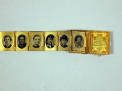 Multi-photo locket, ca. 1880