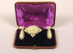 Seed pearl earrings and brooch, ca. 1865