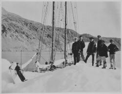 View slideshow of the schooner 'Bowdoin's' seafaring life