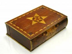 Star and compass ditty box
