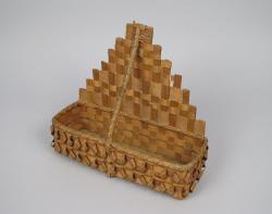 Comb basket, Wabanaki, late 19th - early 20th century