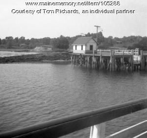 Great Diamond Island wharf and waiting room, ca. 1950