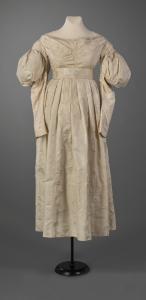 Gigot (mutton chop) sleeve  dress, Portland, ca. 1834