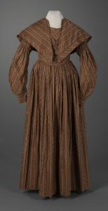 Gigot (muttun chop) sleeve dress, Eastport, ca. 1838