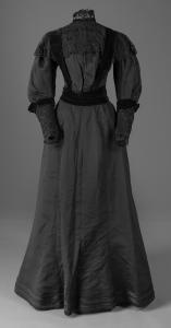 Adela Adam's silk faille ensamble, Portland, ca.1900
