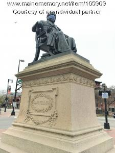 Henry Wadsworth Longfellow statue with face mask, Portland, 2020