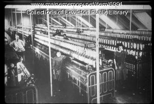 Textile mill workers, ca. 1900