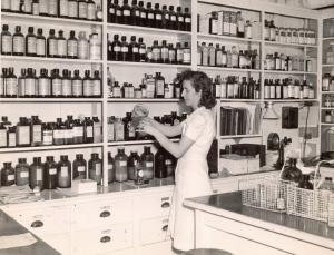 Maine General Hospital pharmacy, Portland, ca. 1945