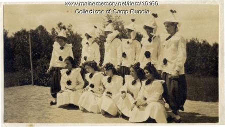 Camp Runoia campers in costume in 1910
